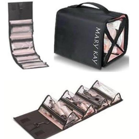 fa7911c9edce 🥳3/$50 NWOT! Mary Kay Travel Roll Up Bag NWT